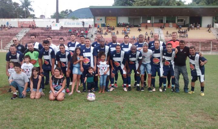 Equipe do Primos - Campeã da 3ª Divisão 2015